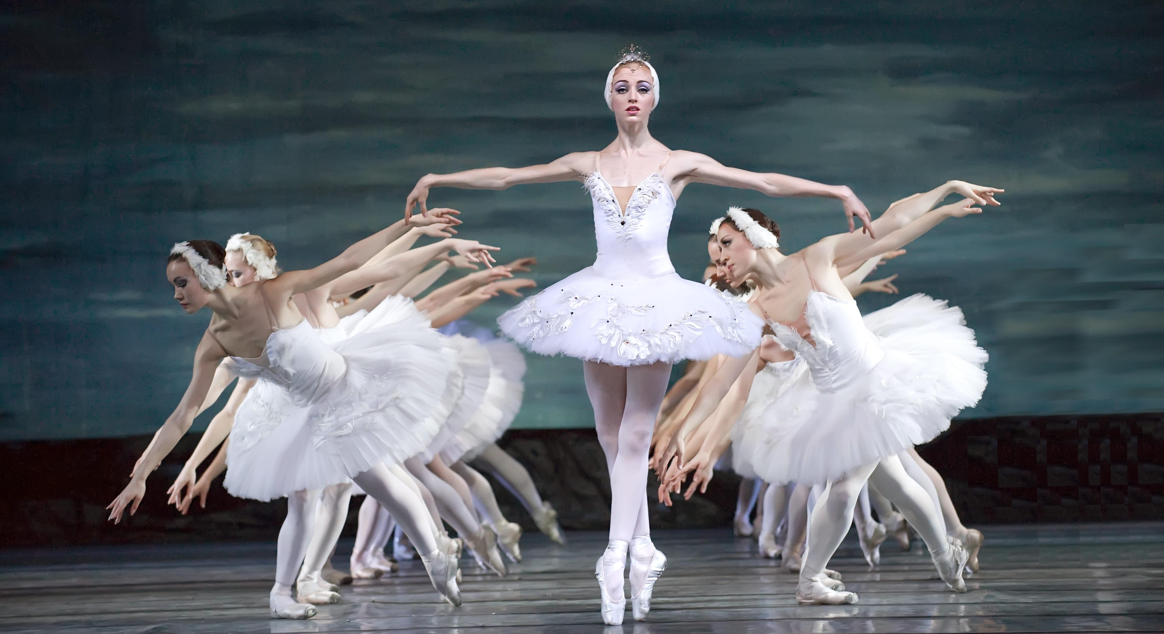 Russian Ballet, Swan Lake